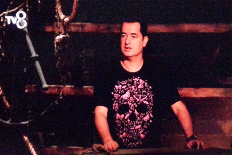 Hayırsever Acun T-Shirt'lerini  Bağışladı