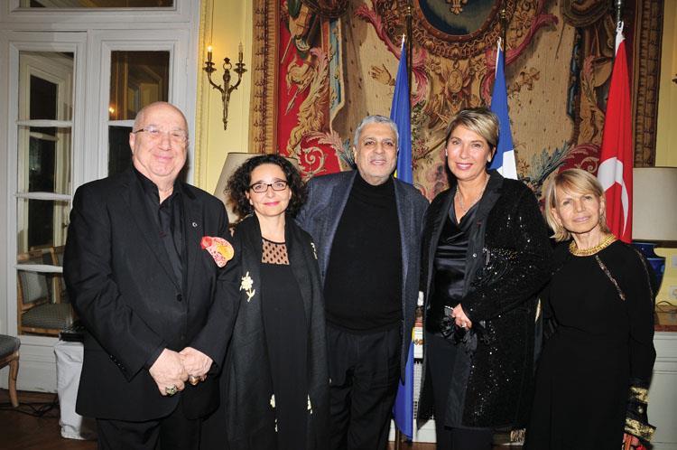 Enrico Macias Onuruna Fransa Sarayı'nda Özel Davet
