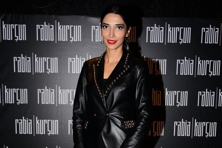 """Rabia Kurşun """"Diamond"""" Koleksiyonunu Tanıttı"""