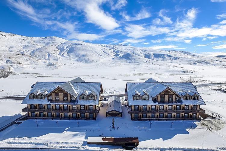 """Erciyes'in En Yeni Kayak Oteli """"DAS 3917"""" Kapılarını Açtı"""