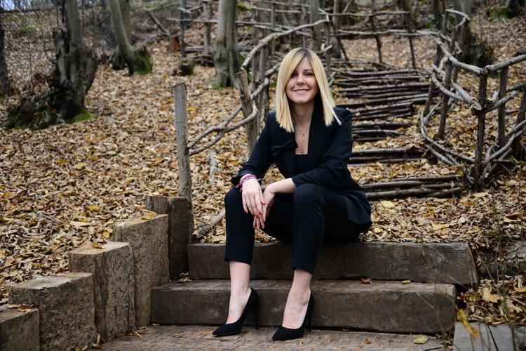 Doğa Okulları Kurumsal İletişim Direktörü Esra Çabukcan Başarılarını Klass'a Anlattı