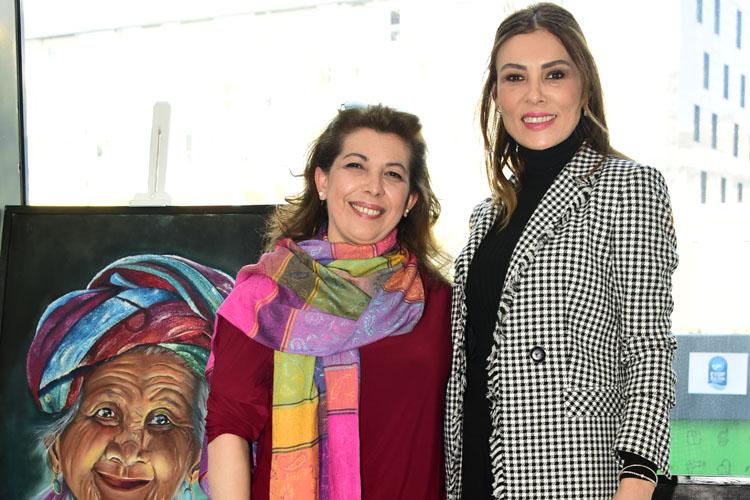 8 Kadın 8 Fırça Atölyesi Eserlerini Sanat Dünyasıyla Buluşturdu