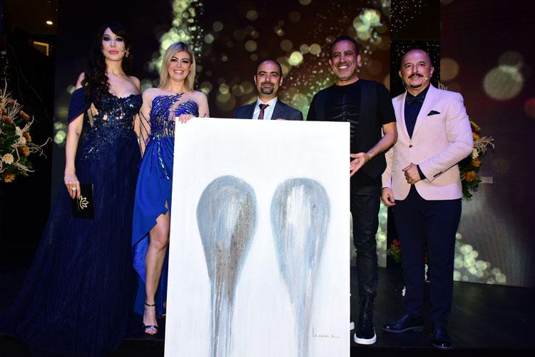 VİDEO HABER/Altın Zirve ve Kariyer Ödülleri Muhteşem Bir Törenle Sahiplerini Buldu