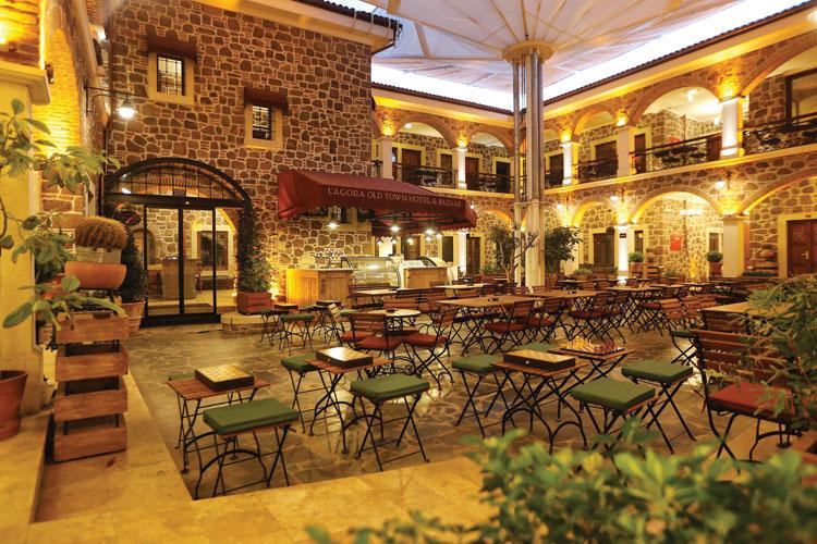 L'Agora Old Town Hotel'de, Tatilin ve Tarihi Dokunun Tadını Çıkarabilirsiniz