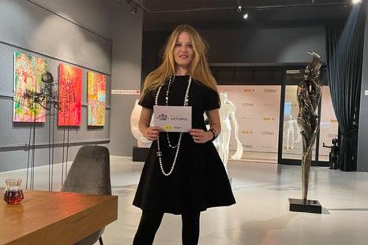 Dünyaca Ünlü Ressam Ayşe Wilson Naz Elmas'ın Sorularını Yanıtladı