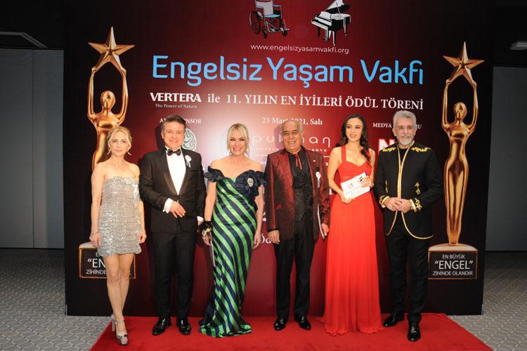 """Engelsiz Yaşam Vakfı """"Yılın En İyileri Ödül Töreni"""" Muhteşem Bir Organizasyonla Gerçekleştirildi"""