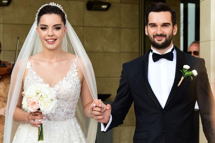 Gizem & Berke Can Nerezoğlu: Romantik Bir Düğünle Hayatlarını Birleştirdiler
