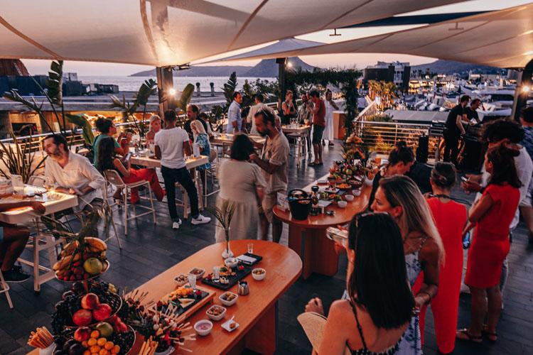 Yenilenen Yüzüyle Kitchenette,  Yalıkavak Marina'ya Farklı Bir Soluk Getiriyor