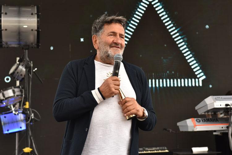 '20. Yıl Özel Ödülü'nün Sahibi Mustafa Taviloğlu