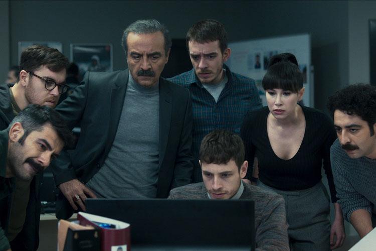 Netflix, Uyarlama Senaryosunu Yılmaz Erdoğan'ın Yazdığı Polisiye Ve Gerilim Filmi Kin'in Resmi Fragmanını Paylaştı