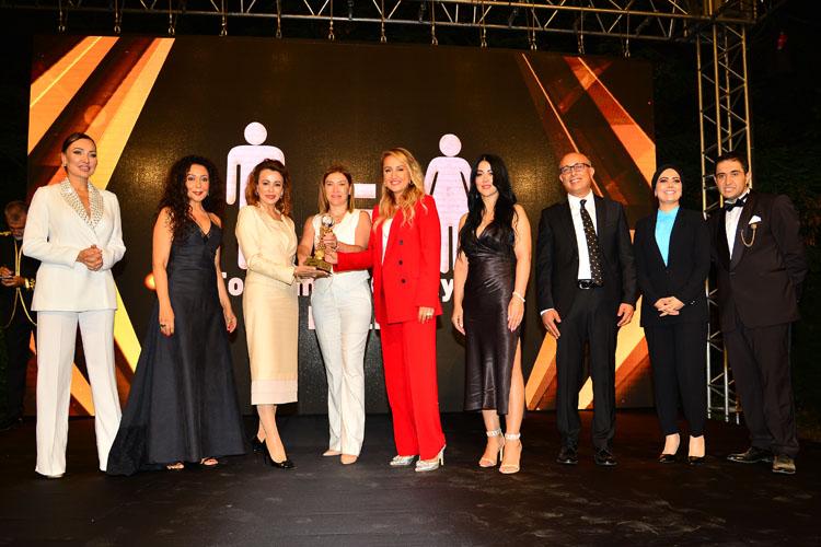 VİDEO HABER/Türkiye'nin En'leri Zirvesi Ödülleri Lifepark İstanbul'da Gerçekleşti