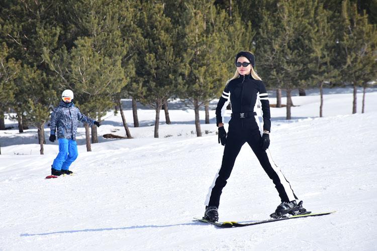 Palandöken'de Kayak Keyfi Hız Kesmeden Devam Ediyor