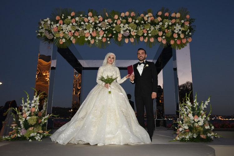 Ayşegül-Hamza Hamidi: Hamidi Ailesinin Mutlu Günü